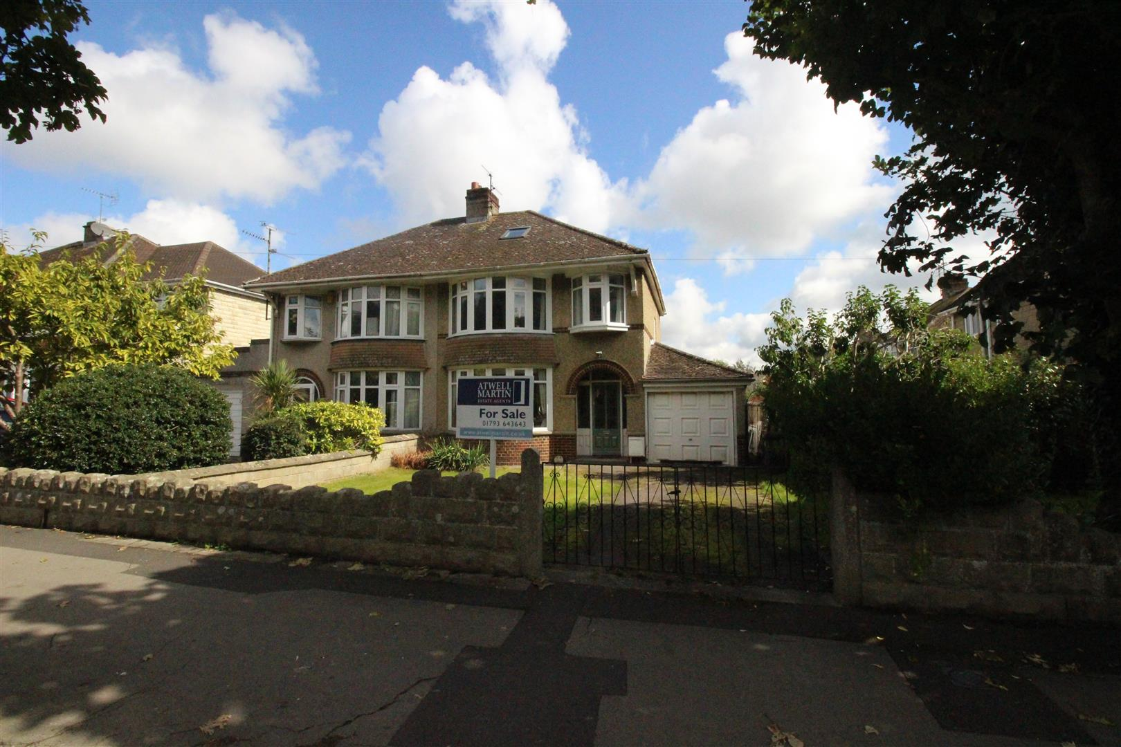 3 Bedrooms Semi Detached House for sale in Marlborough Road, Swindon